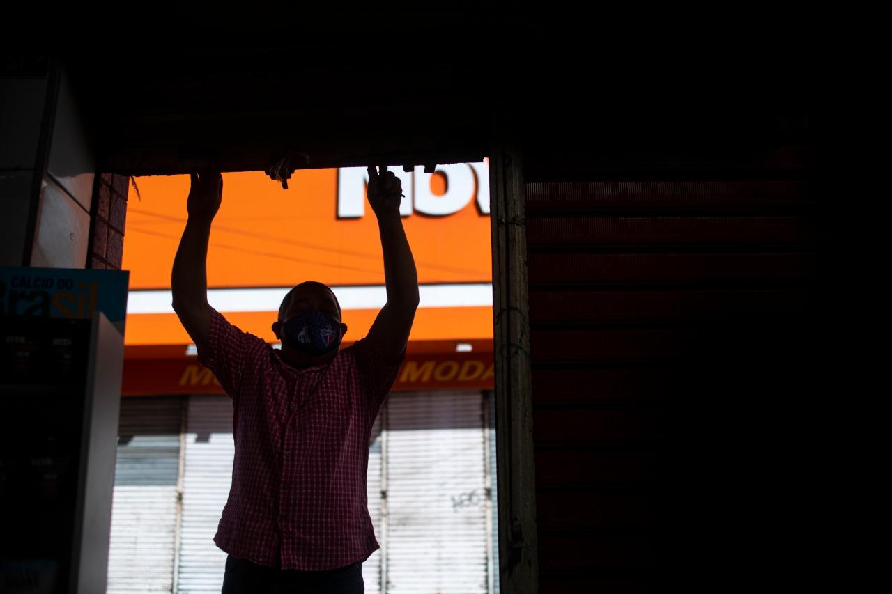 Fecomércio faz pesquisa com os cearenses sobre o lockdown