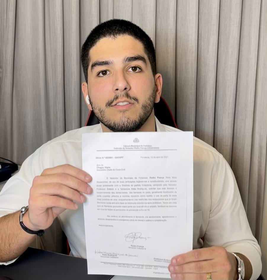 Pedro França solicita a reabertura das barracas de praia para funcionarem como restaurante em Fortaleza