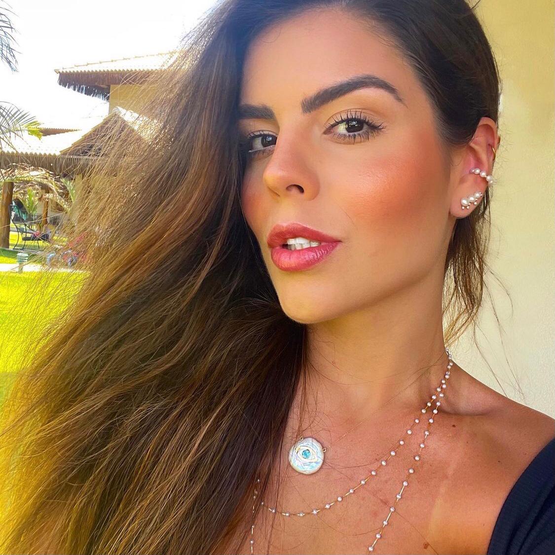 Camila Nogueira conta sobre seu cotidiano em live no Instagram do Portal IN