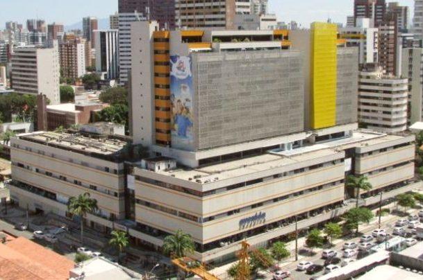 Petrobras leiloa laje corporativa situada na torre comercial do Avenida Shopping
