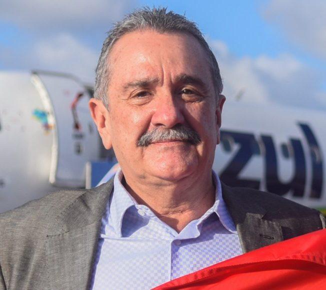 Bismarck Maia anuncia concurso público para suprir vagas na Prefeitura de Aracati