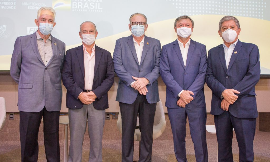 Carlos Prado, Jorge Luiz Lima, Ricardo Cavalcante, Mauricio Filizola, E Sampaio Filho