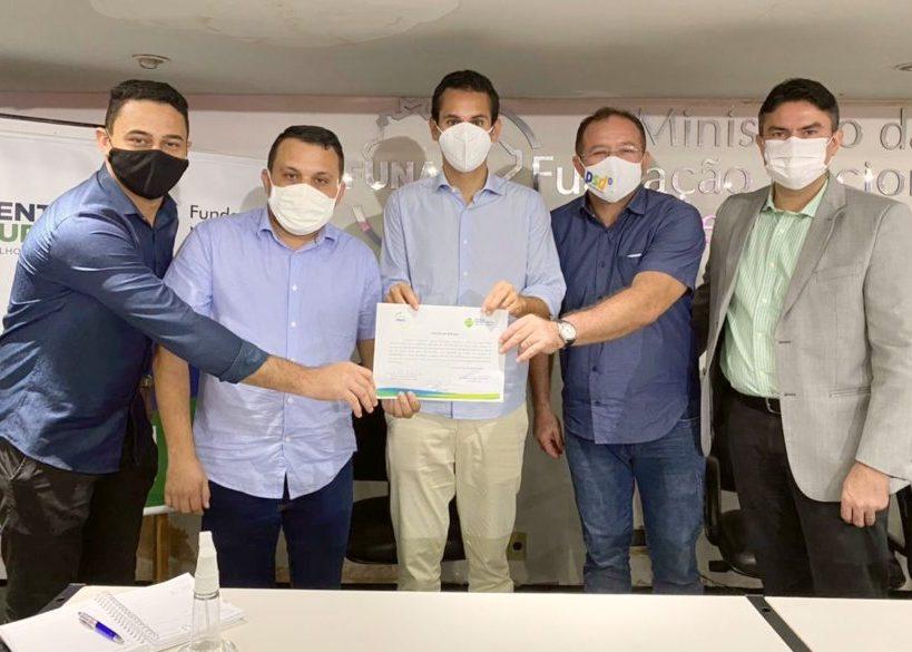 Domingos Neto participa do lançamento de obras de sistemas de água no Ceará