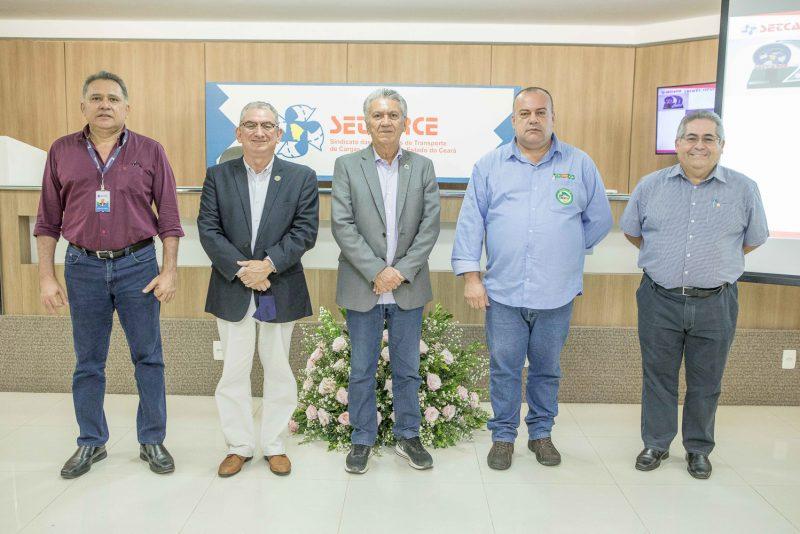 Cerimônia híbrida - Nova diretoria do Setcarce é empossada para o período 2021/2025