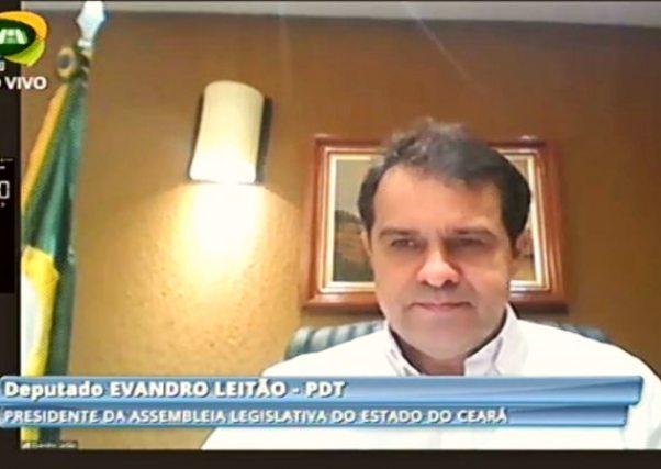 Presidente Evandro Leitão empossa os deputados George Lima e Ferreira Aragão
