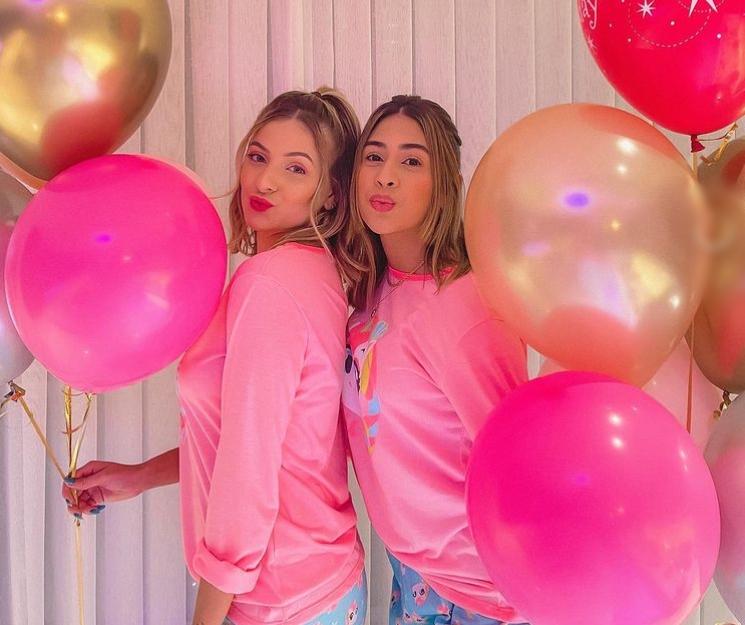Bruna Massaglia arma festa do pijama entre amigas