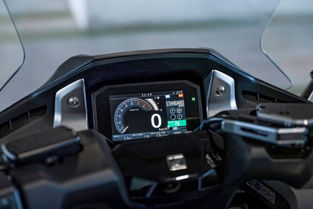 Honda Forza 750 2021 7 1200x800
