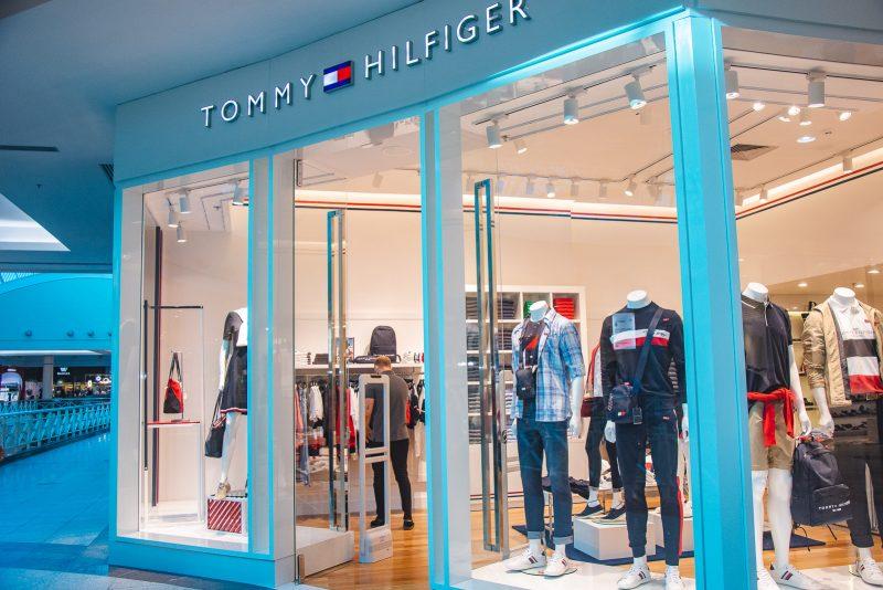 Lifestyle americano - Tommy Hilfiger estreia com exclusividade no Shopping Iguatemi Fortaleza