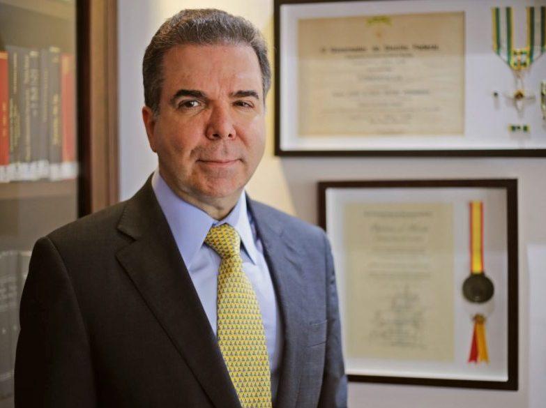Jurista Jacoby Fernandes realiza análise e dá dicas sobre a nova Lei de Licitações