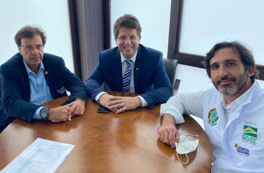Lucas Fiúza participa de solenidade de repasse de R$ 33,2 milhões do Fungetur para apoiar empresas turísticas na Bahia