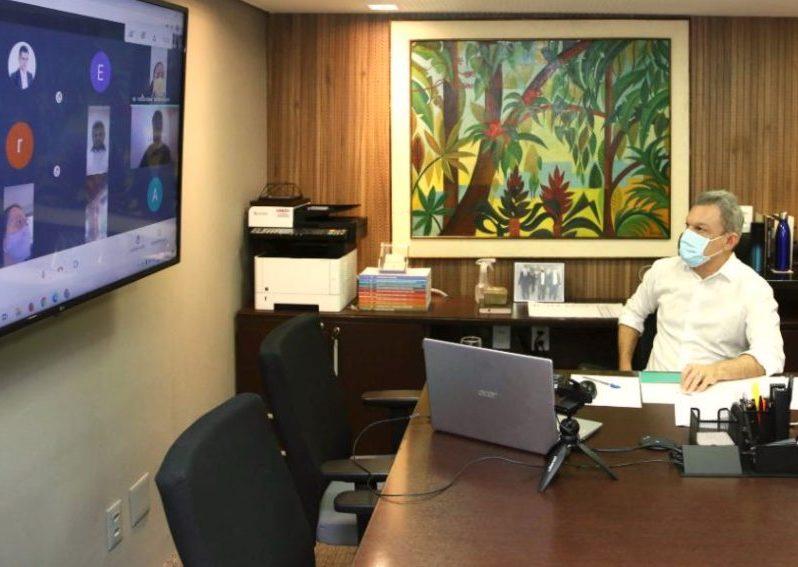 Sarto firma 109 termos de colaboração com 59 OSCs para a gestão de creches