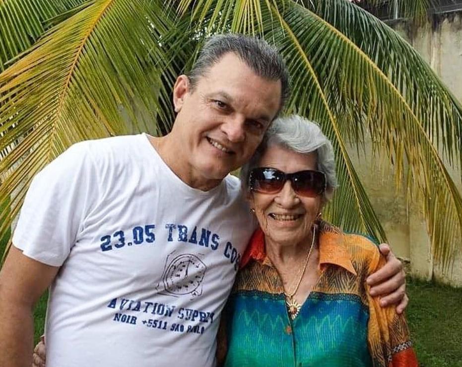 José Sarto celebra a nova idade da mãe, Dona Licinha