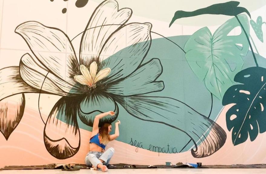 Giselle Maia cria painel especial no Shopping Iguatemi Fortaleza. Confira!
