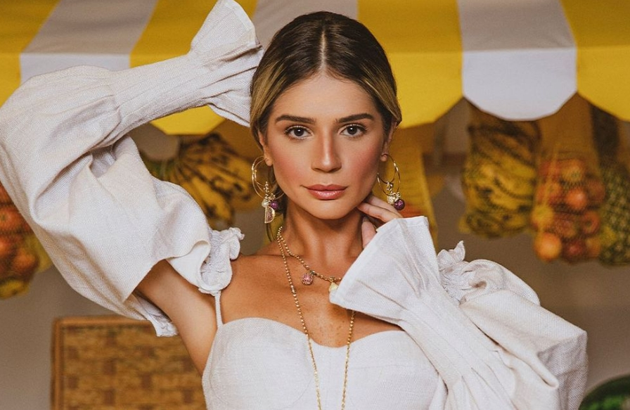 Thássia Naves estrela nova campanha da Diamond Design