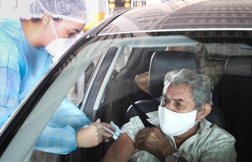 Prefeitura de Fortaleza já aplicou quase 610 mil doses de imunizantes na Capital