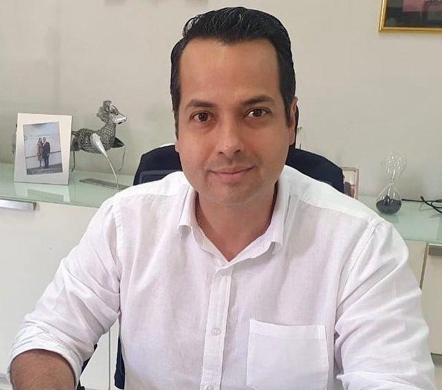 Vitor Valim antecipa parte do 13º salário dos servidores de Caucaia nesta sexta