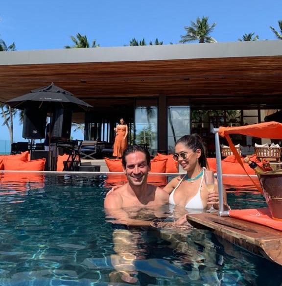 Marcela Salles e João Braga brindam a nova idade dela no Carmel Taíba