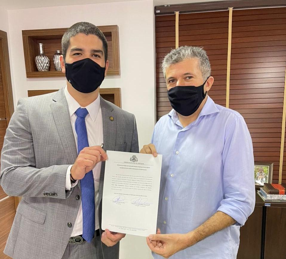 Pedro França toma posse como vereador na Câmara Municipal de Fortaleza