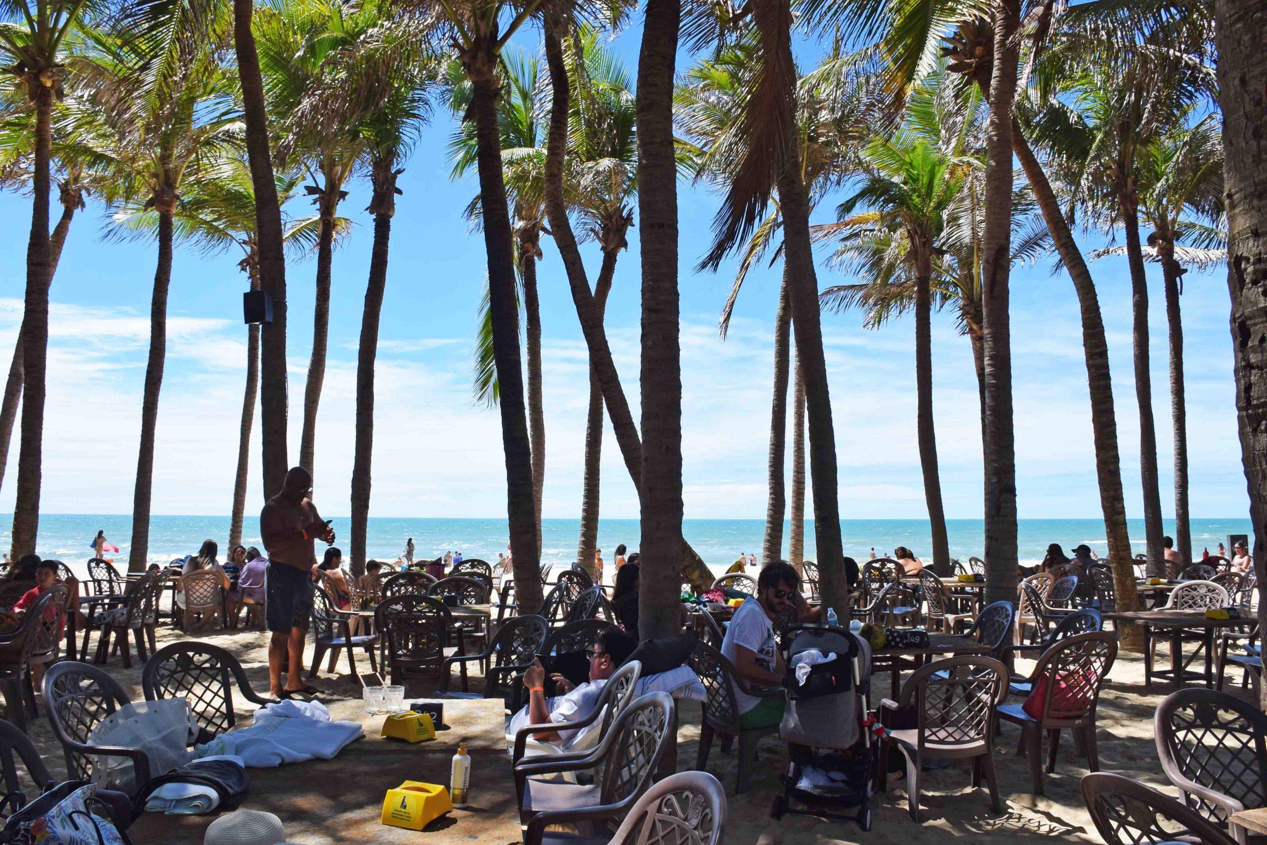 Restaurante de Praia do Beach Park divulga novo horário de funcionamento no fim de semana