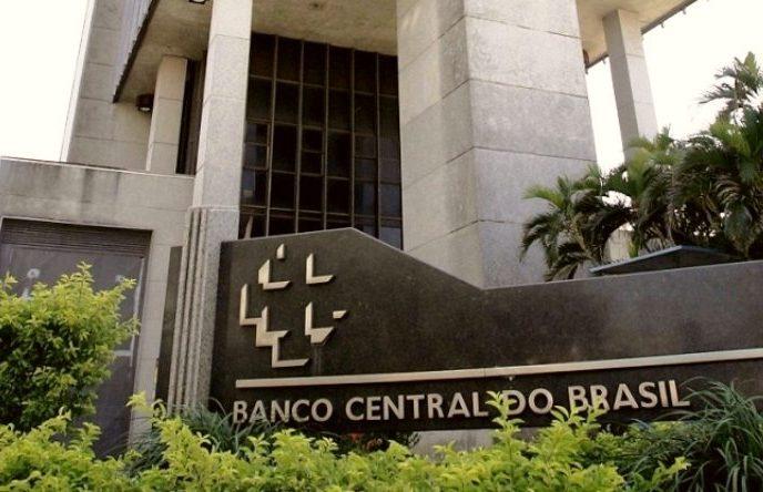 Concessões de crédito chegam a R$ 4,5 trilhões no primeiro ano da pandemia