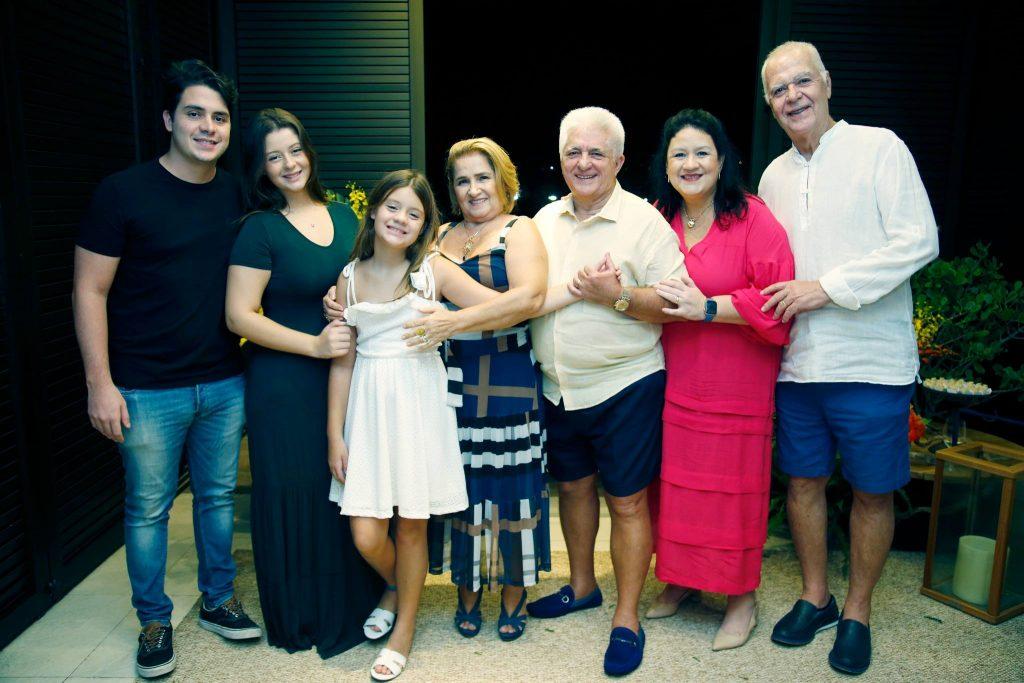 Bruno Henrique, Vitoria E Leticia Lima, Auricelia E Deusmar Queiros, Rose E Humberto Lima
