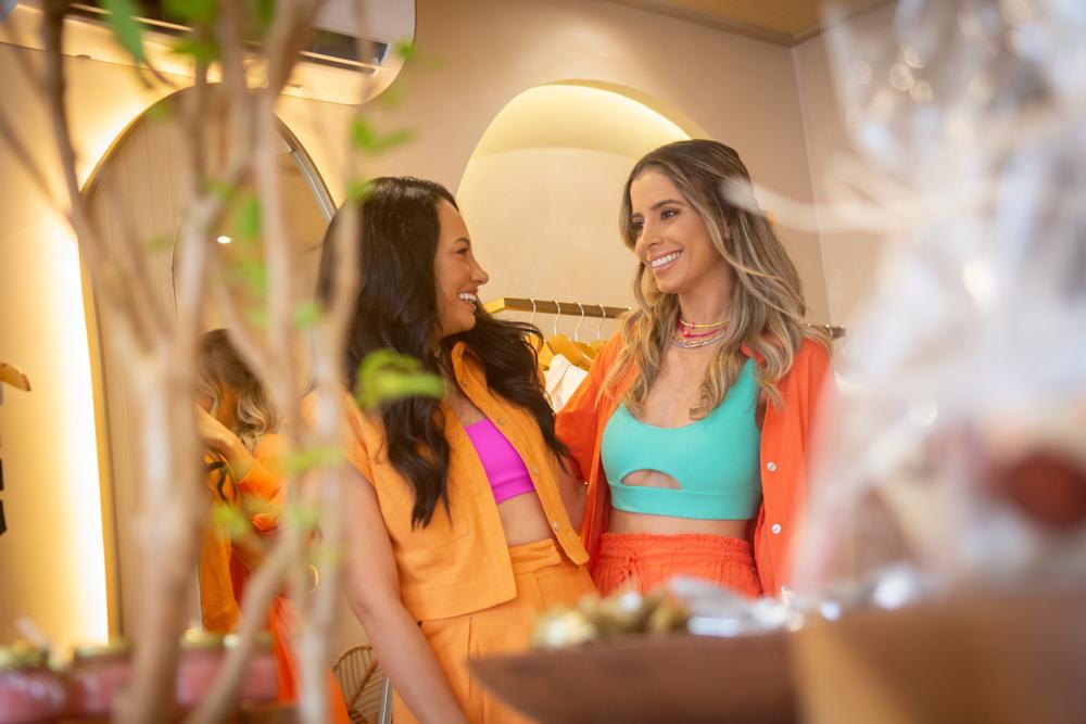 Mikaela Bottura e Daniela de Paula apresentam nova coleção da Salt durante inaguração da loja