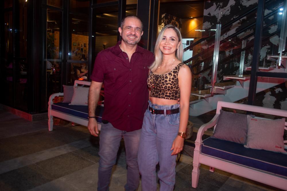 Lourival Gadelha E Ana Paula Pontes