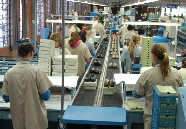 Trabalhadores começam a receber novo benefício emergencial a partir de hoje