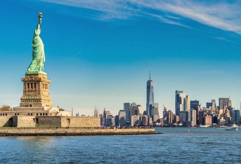 Nova York vacinará turistas para acelerar a retomada das atividades econômicas