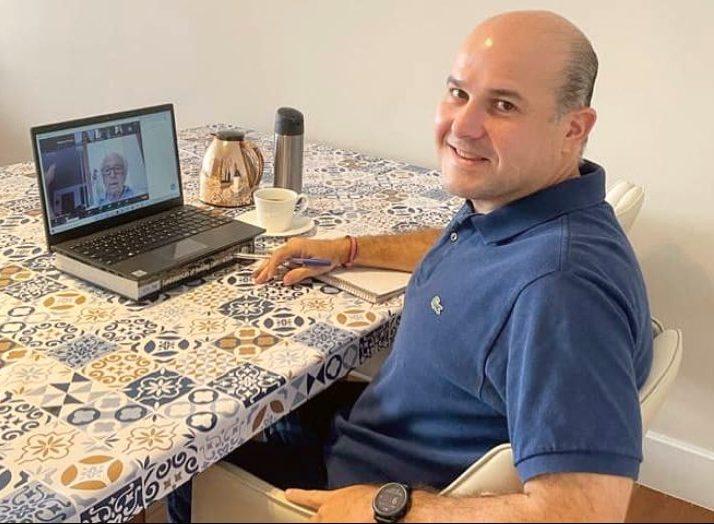 Roberto Cláudio debate desafios da área trabalhista durante evento virtual do PDT
