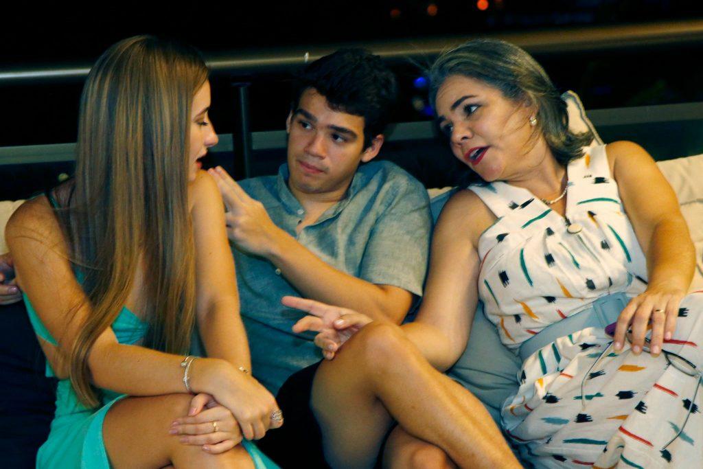 Sara Bringel, Cadu Queiros E Daniely Vilar
