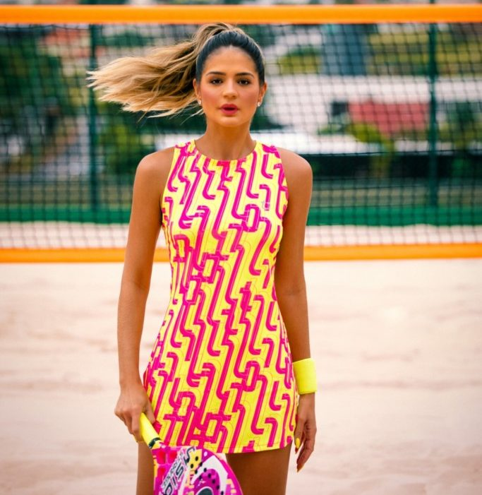 Thássia Naves apresenta sua primeira marca fashion sport