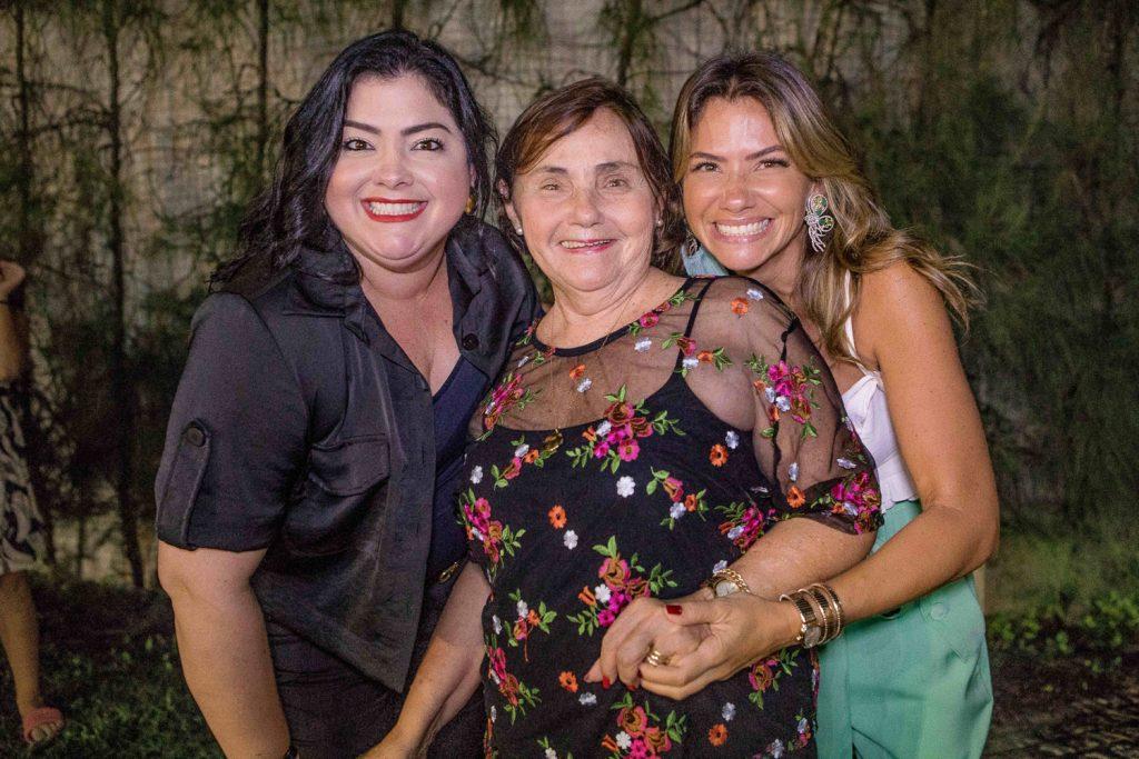 Vivi, Mirian E Vanessa Almada