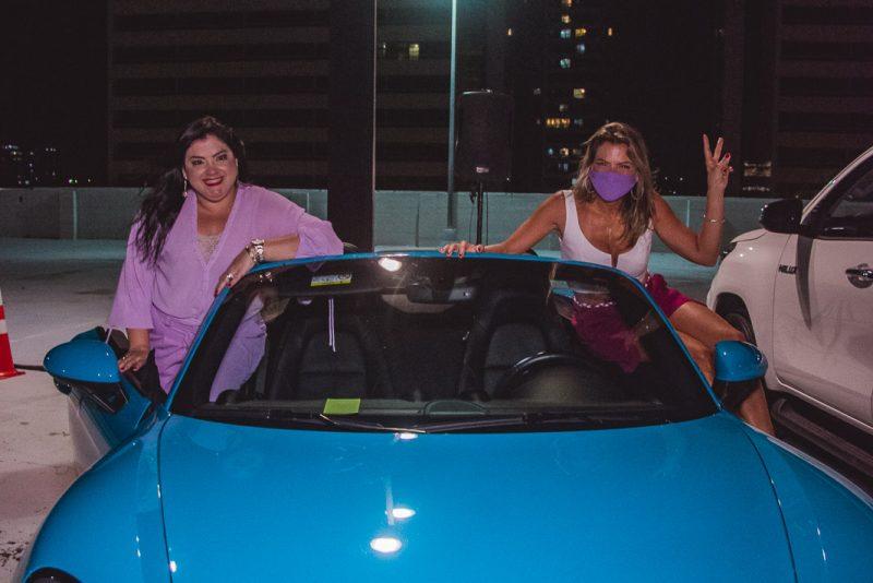 Drive IN - Lenita inova e surpreende mais uma vez com desfile no estacionamento do Shopping RioMar