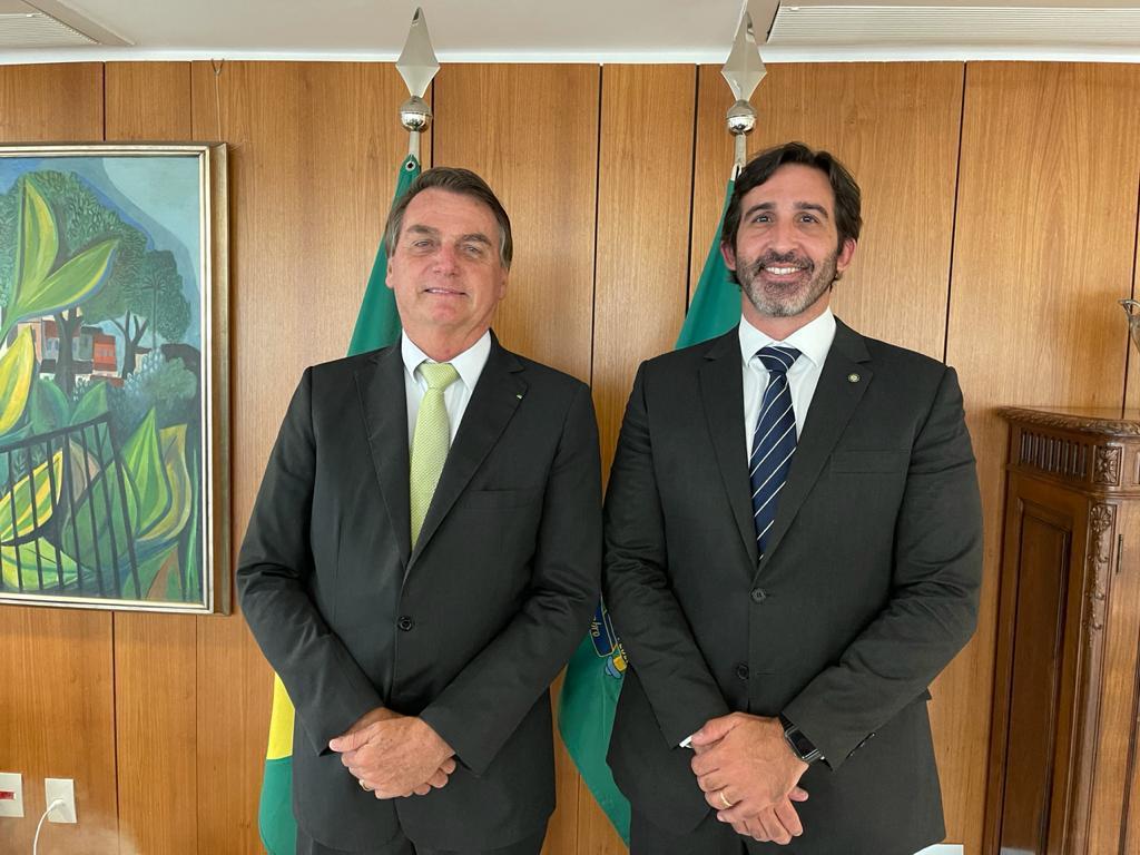 Lucas Fiuza vem se destacando em Brasília como secretário Nacional de Atração de Investimentos, Parcerias e Concessões