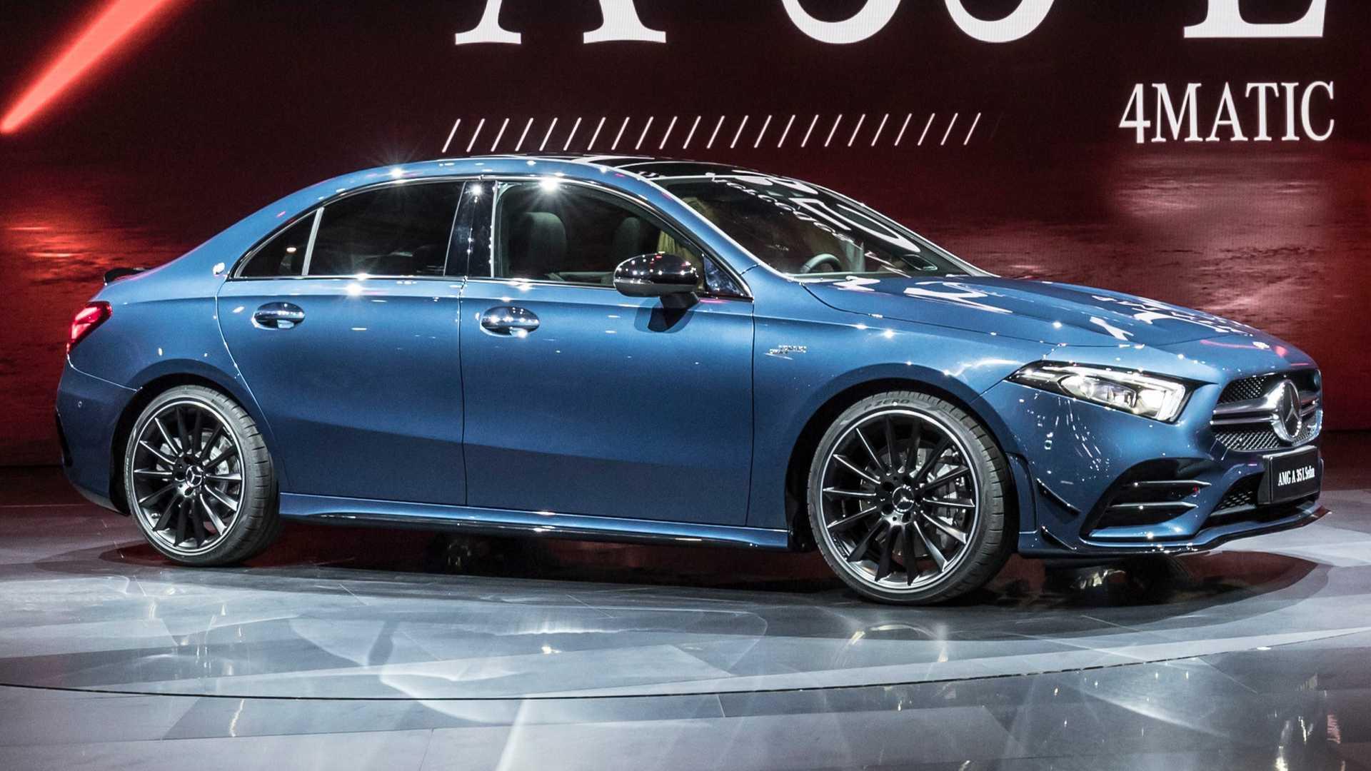 Mercedes A 35 Sedan é a porta de entrada da AMG. Você o conhece?