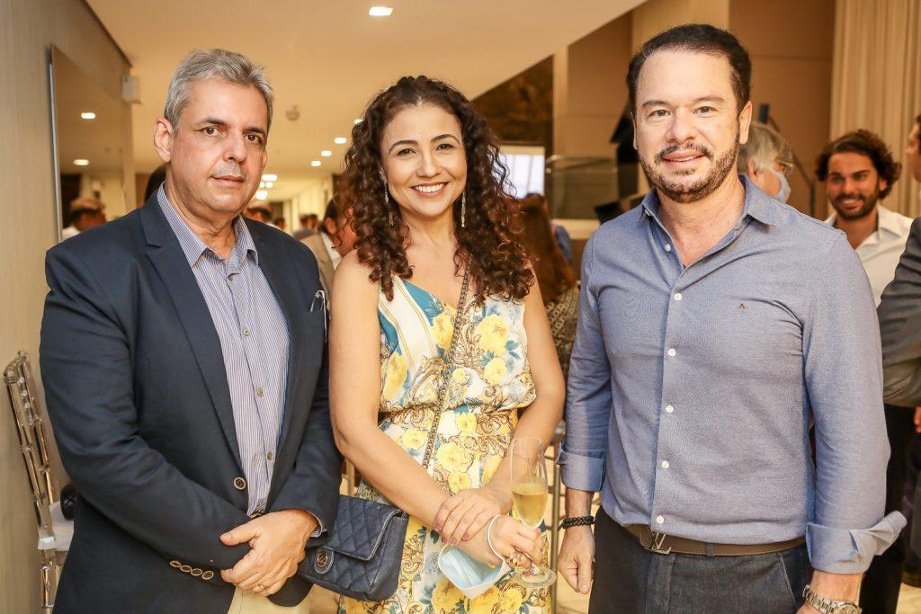 Alvaro Sales, Adriana Mota E Lizandro Fujita