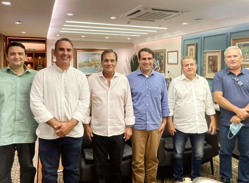 Prefeito de Quixadá busca apoio de Beto Studart para projeto de Hub Tecnológico