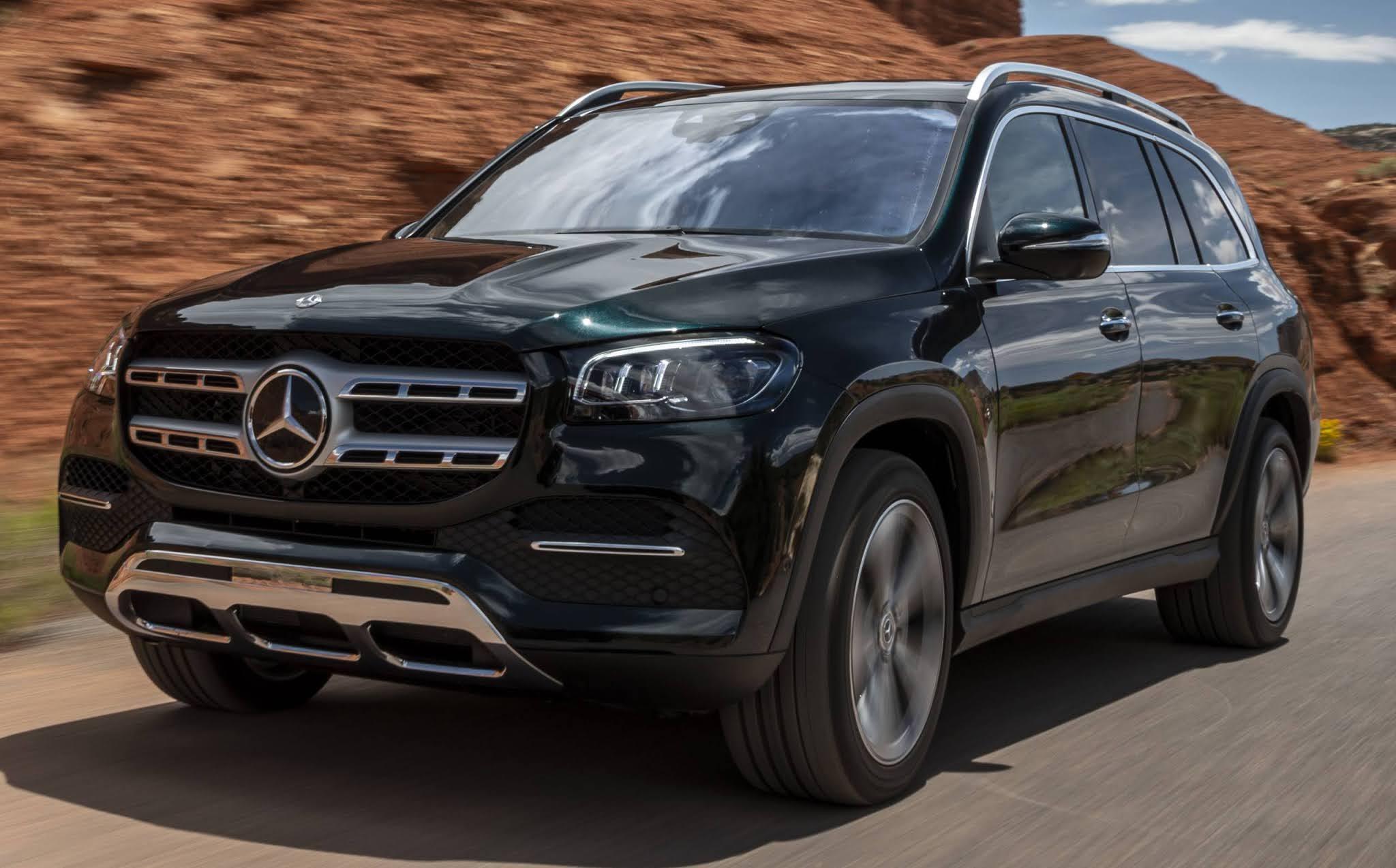 Na Newsedan, Novo Mercedes-Benz GLS 450 já está a sua espera e esbanja em tudo