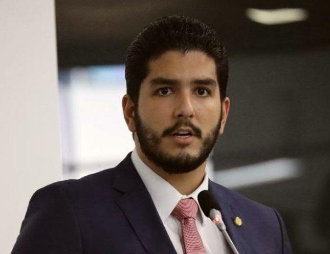 Pedro França apresenta projeto visando implantar a fonoaudiologia educacional na rede municipal de ensino da Capital
