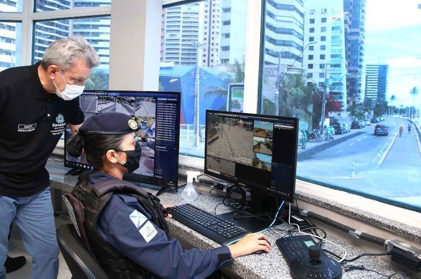 Sarto entrega nova Célula de Proteção Comunitária situada na Praia de Iracema
