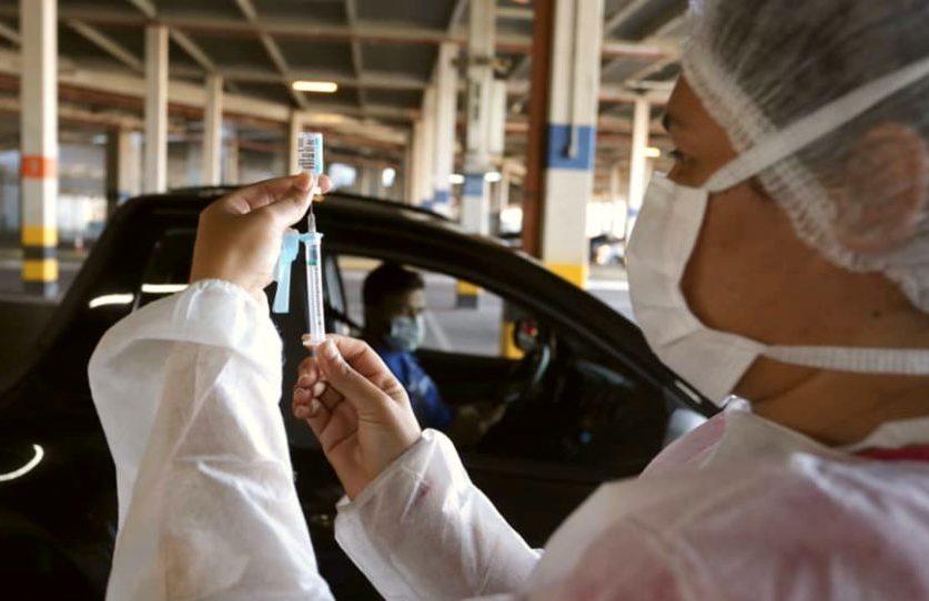 Prefeitura de Fortaleza inicia a vacinação da população em geral neste domingo