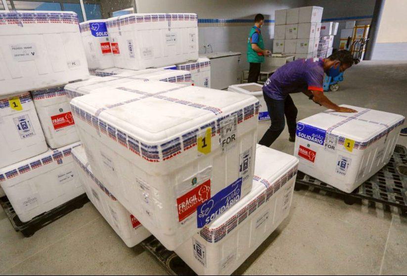 Camilo destaca as novas 243.250 doses de vacinas para acelerar a imunização