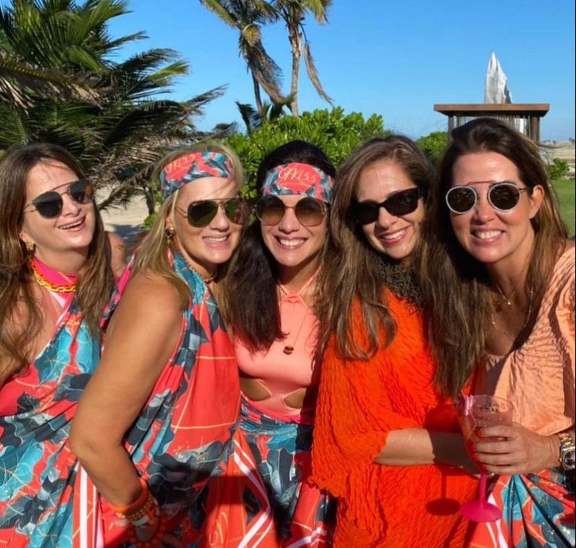 Flecheiras foi o cenário da sessão parabéns de Martinha Assunção. Confira os cliques!