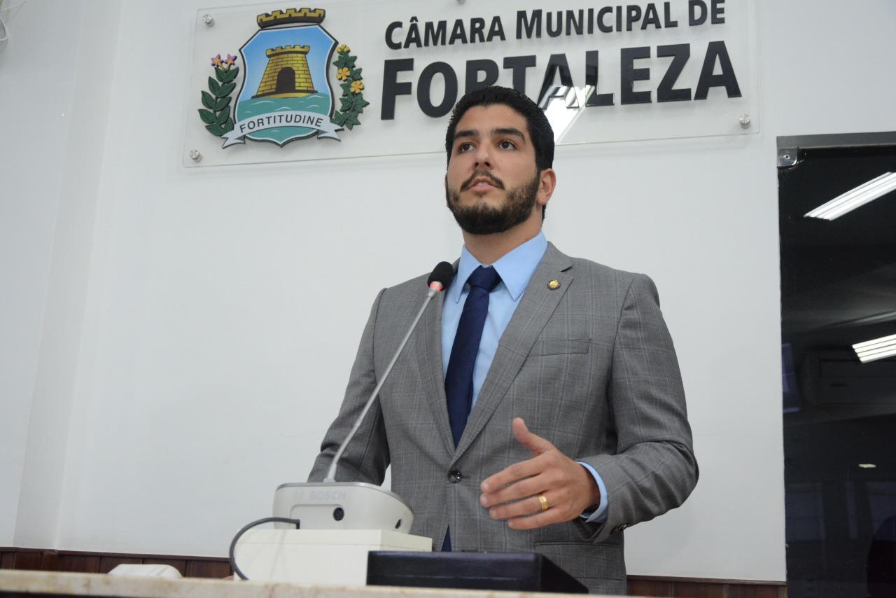 Pedro França propõe a criação de uma Frente Parlamentar de Inovação e Economia Criativa na CMFor