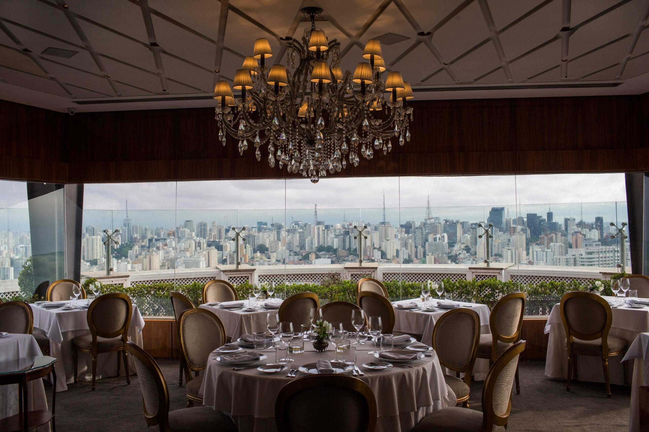 Jantar especial no Terraço Itália oferece menu exclusivo harmonizado com vinhos. Vem saber!