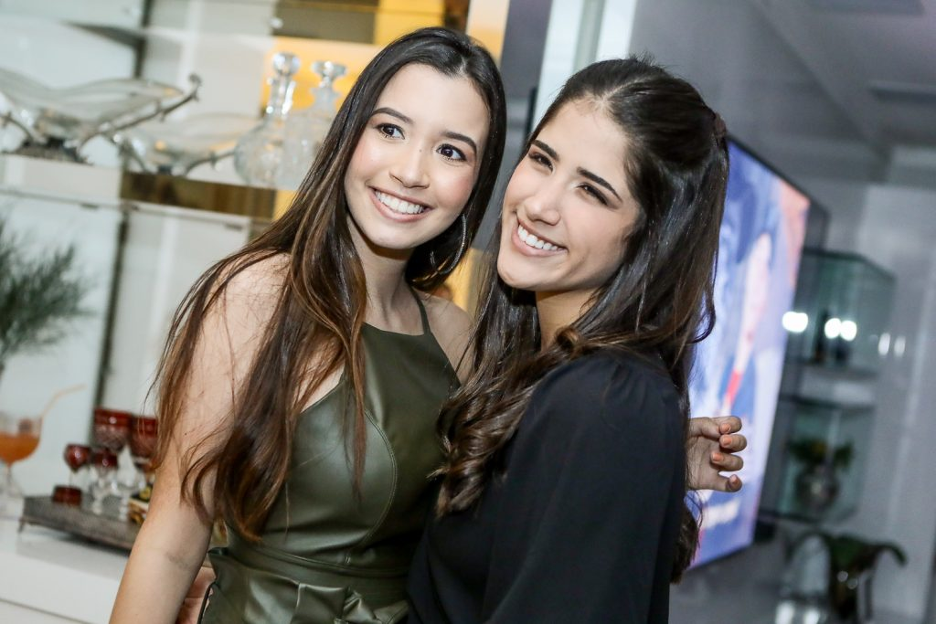 Ana Clara Ramalho E Beatriz Teixeira (1)