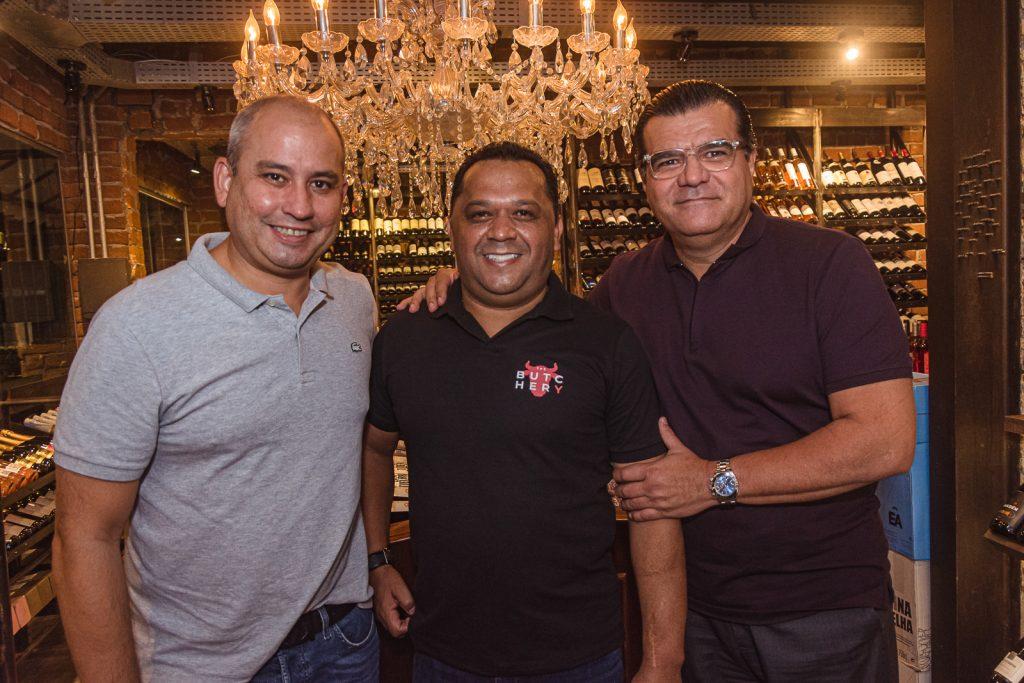 Andre Linheiro, Carlos Teixeira E Odmar Feitosa