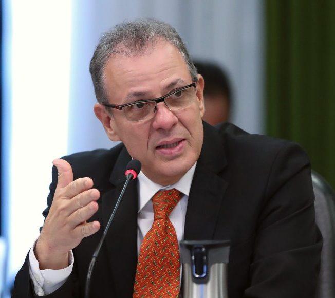 Ministro reafirma que não faltará energia elétrica ou haverá racionamento no País