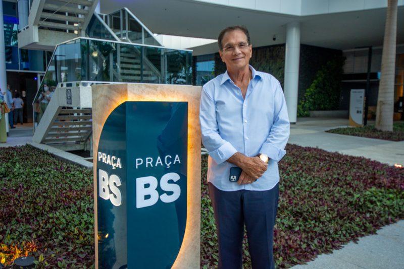 Concerto ao pôr do sol - Felipe Adjafre abre oficialmente a programação musical da praça BS